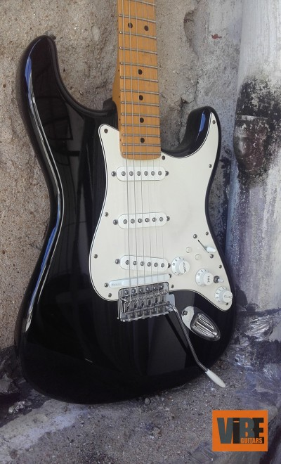 Fender Stratocaster by Roland  GC1